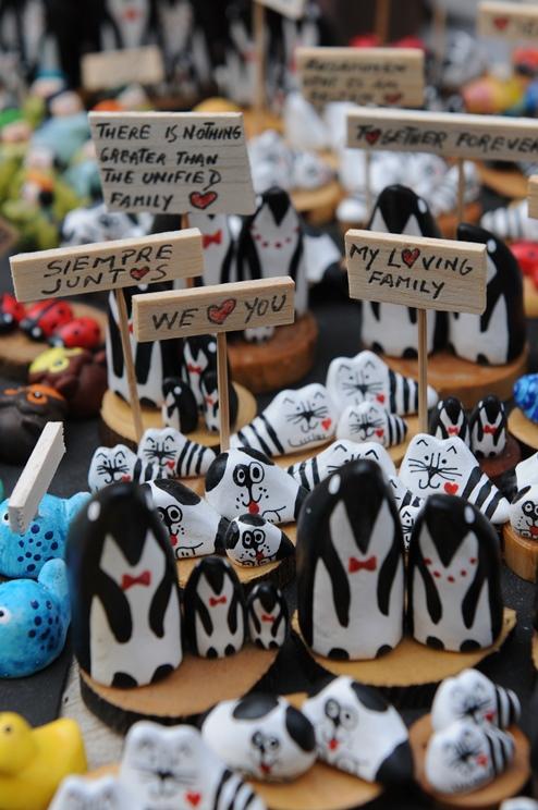 מיניאטורות של חתולים ופינגווינים של חוליו רוזנטל