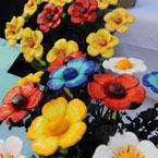 סידור פרחים מפוסלים מפימו של גילה בק